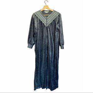 Vintage Anne Leslie Gray Night Gown